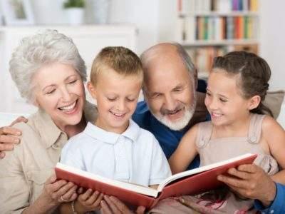 Больничный лист бабушке: на каких условиях и в каком случае выдается, как оплачивается